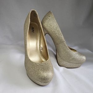 Gold Sparkle high heel pumps
